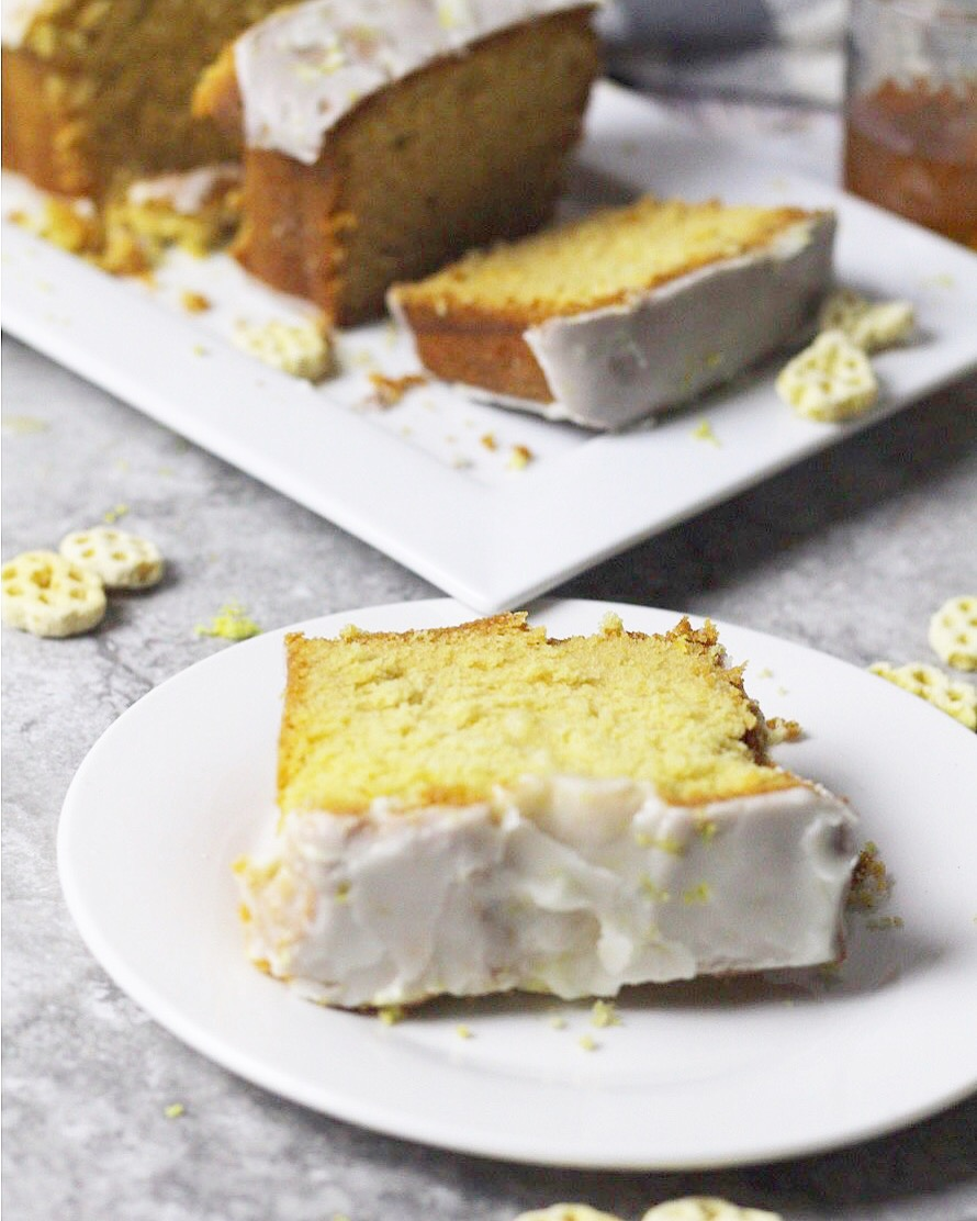 Soul Food Lemon Pound Cake